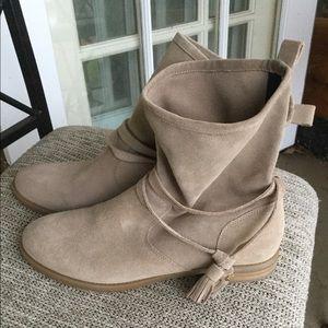 Tommy Hilfiger TWAMBERLEE-M suede beige boots